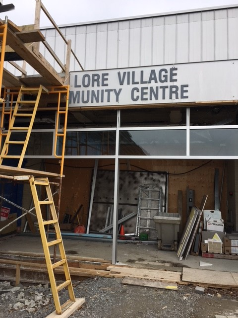 New vestibule for community centre and library