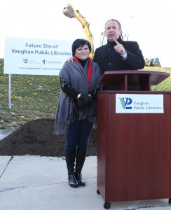 Councillor DeFrancesca and Mayor Bevilacqua